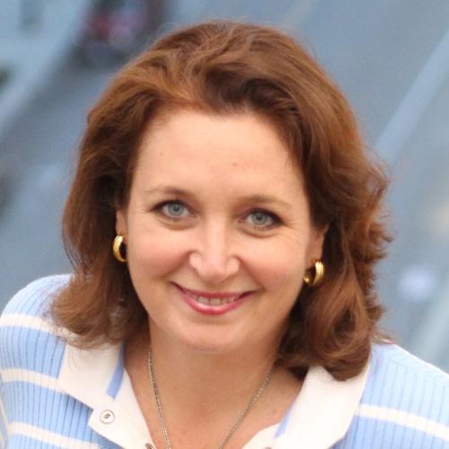 Jennifer Curran Headshot.jpg